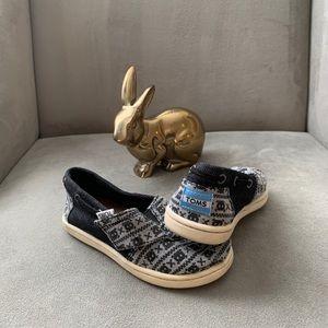 Toms Skull Pattern Toddler Shoes